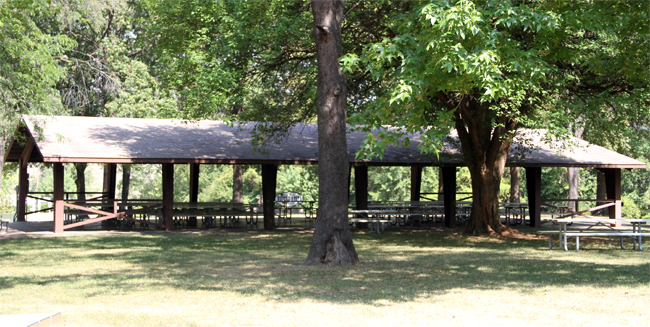 Wavering Large Shelter - Quincy Park District